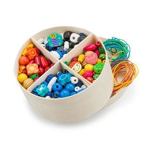 New Classic Toys - Wooden Lacing Beads - 260 gr.