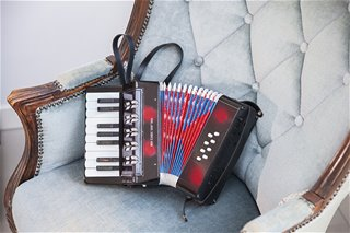 New Classic Toys - Accordion Black with Music Book