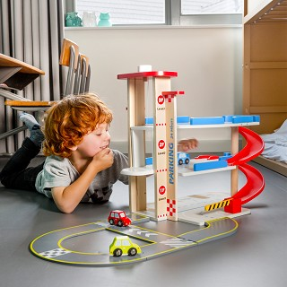 New Classic Toys - Parking Garage with Track and 3 Cars